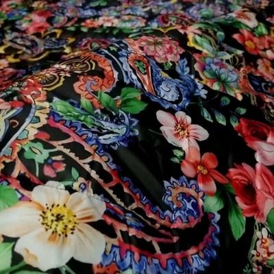 Цена 3400 руб . Качество ПРЕМИУМ  Производство Италия💝 . Очень КРАСИВАЯ стеганная Курточная из коллекции D&G 🌹- на пальтишки, курточки, жилетки, комбинезончики, теплые костюмчики или штанишки 👍  состоит из трех просроченных слоев (верх плащевая /синтепон в середине/ низ подклад) УЖЕ С ПОДКЛАДОМ, ДОПОЛНИТЕЛЬНО ПОДКЛАД НЕ ТРЕБУЕТСЯ 🔼🔼🔼#tkani_italia_ #ставрополь #Махачкала #тканииталии💞пальтовая #тканииталии💞стеганная#тканииталии💞курточная #tkani_italia_стеганные #итальянскиеткани #ательеМосква #ательеастана #ательесанктпетербург #жаккард #Иркутск #Владикавказ #Нальчик #Краснодар #дизайнерскаяодежда #ткани#тканирозница#пуховик #куртка#пальто