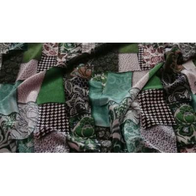 У нас  НАТУРАЛЬНЫЕ ТКАНИ - Качество ПРЕМИУМ  Производство Италия💝 . Цена 2900 руб 🌺 . . В наличии шикарный Бархат с эластаном из коллекции D&G 🌹 на вечернее платье, трикотажный бархатный костюмчик, брючный шикарный костюм, кофточку или юбочку) Бархат пластичный,  хорошо тянется, будет очень комфортный в изделии👌 #tkani_italia_ #тканииталии💞бархат #шелкиталия #Шереметьево #Домодедово #шелковоеплатье #именныеткани #брендовыеткани #ателье #пошиводежды #люблюшить #шьюсама #платьенавечеринку  #сапсан #Пулково #платьенавыпускной #шьемназаказ #Москва #москвасити #питерялюблютебя #москвалюбимая #ресторан #клуб #фитнес #каток #гум #цум